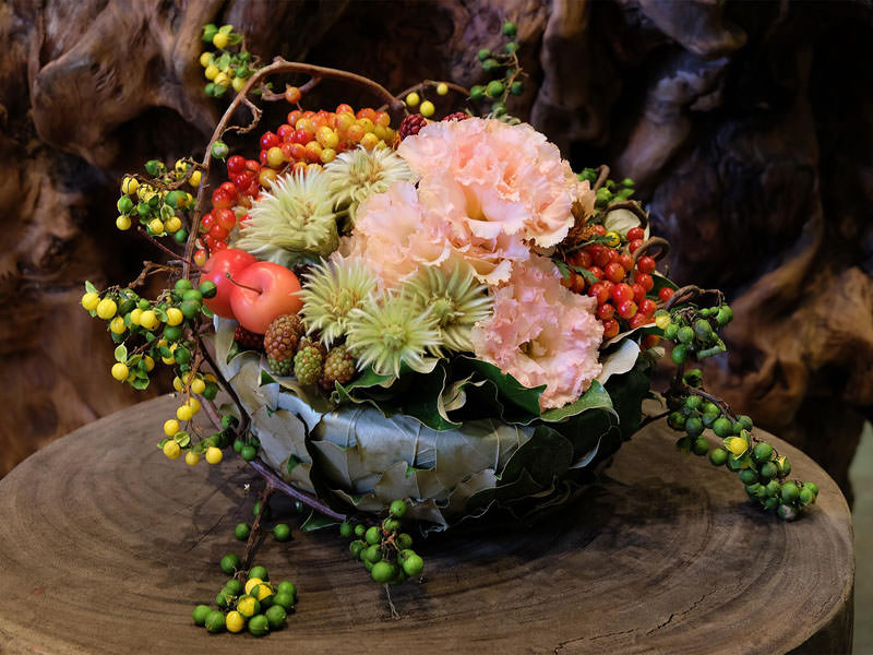 Monthly Arrangement – very berry bowl –